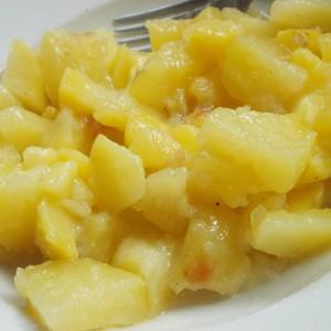 Посна салата од компири под фолија