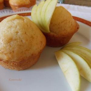 Мафини со јаболко