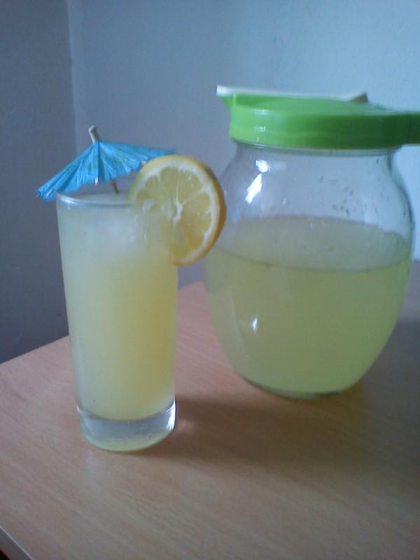 Сок од лимон