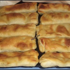 Посни печени пирошки полнети со соја трошки