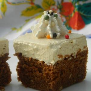 Посна торта со лешници и кола