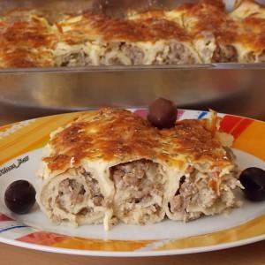 Прелиени палачинки со мелено месо