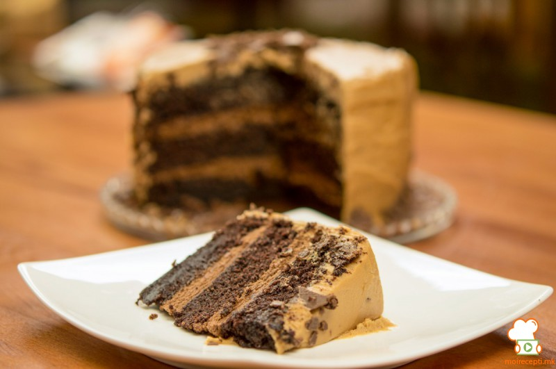 Торта од чоколадо и кикирики путер
