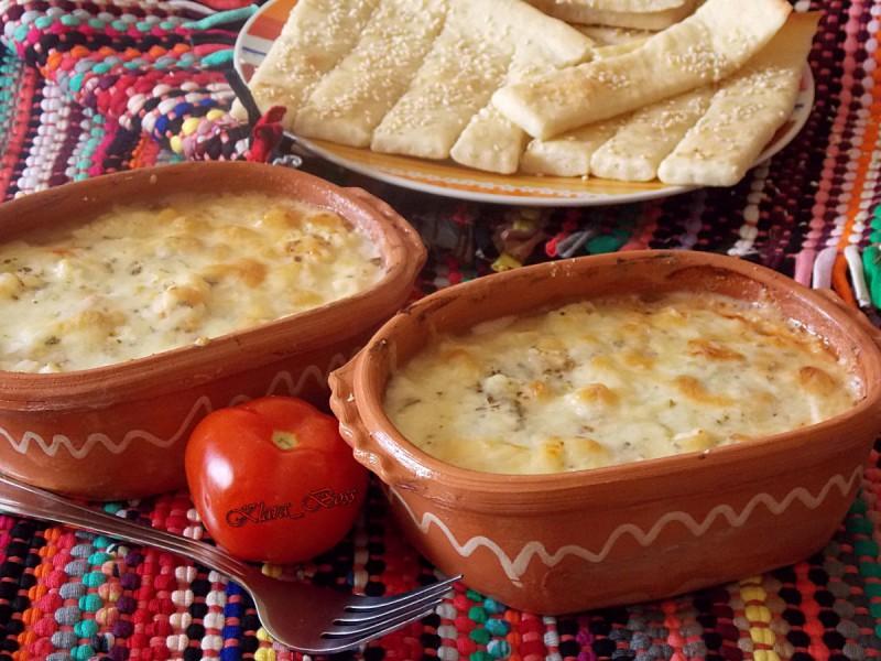 Сирење во фурна - Топено сирење со бешамел
