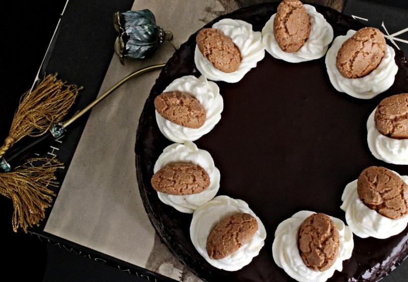 Чоколадна торта со Амарети