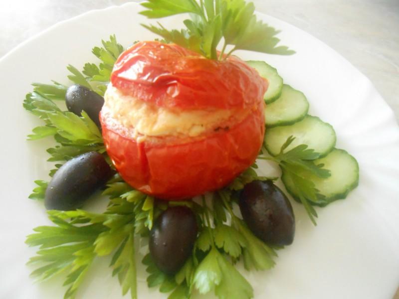 Полнет домат