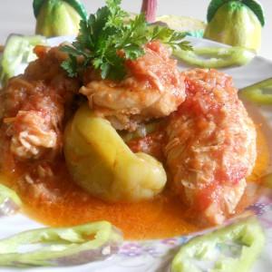 Пилешко во сос од зеленчук