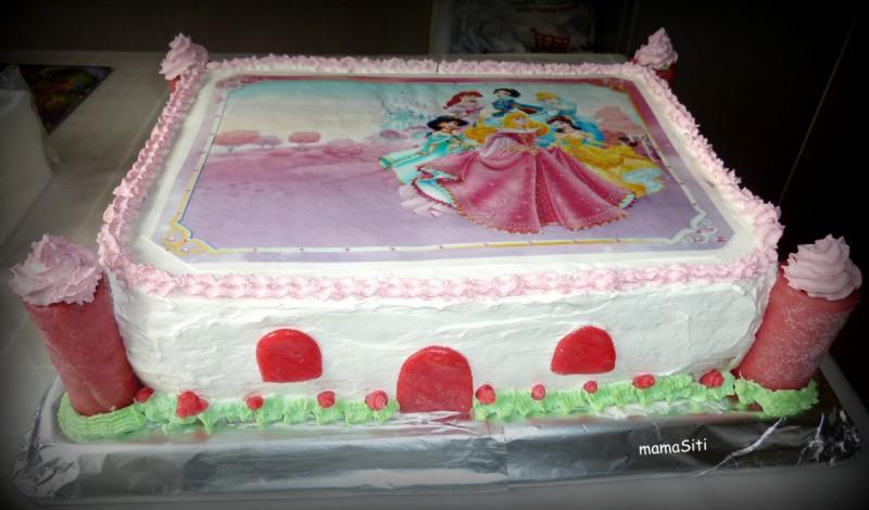 Торта со пуслици