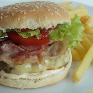 Домашен чизбургер