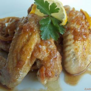 Пилешки крилца во слатко кисел сос