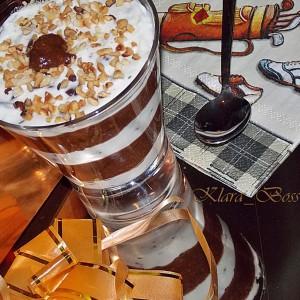 Чоко-маскарпоне десерт во чаша