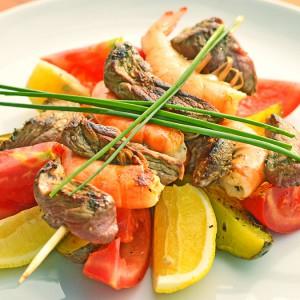 Видео рецепт: Бифтек со морски ракчиња