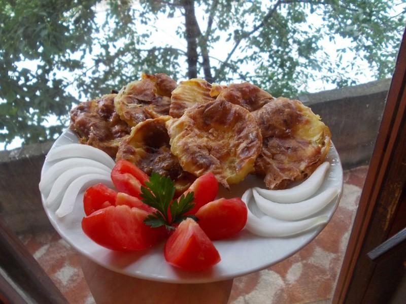 Печени похувани модри домати