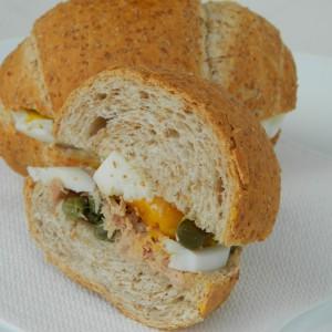 Сендвич со туна
