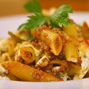 Видео рецепт: Макарони со Рагу сос
