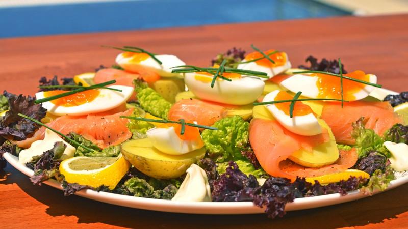 Видео рецепт: Салата од меко варено јајце