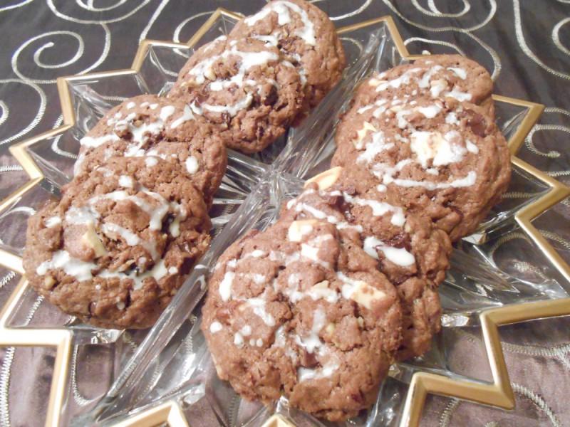 Чоколадни колачи со ореви