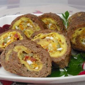Ролат од мелено месо и палачинка