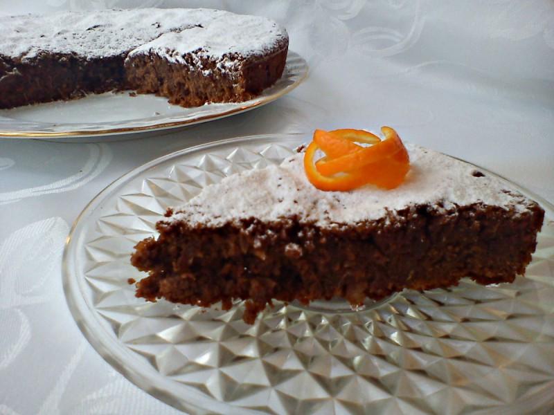 Чоколадна торта со портокал (без брашно)