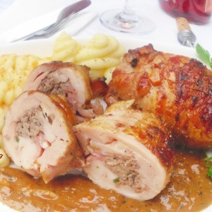 Полнети пилешки копани со фстаци