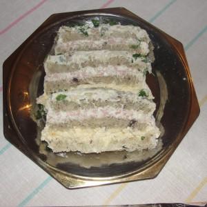 Солена торта со тост лепчиња