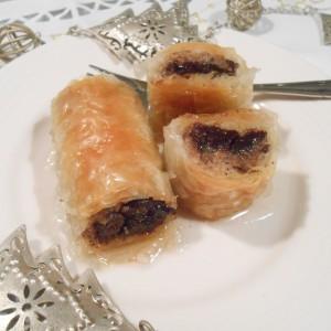 Баклава со суви сливи, чоколадо и бадеми