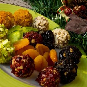Бомбици валкани во суво овошје