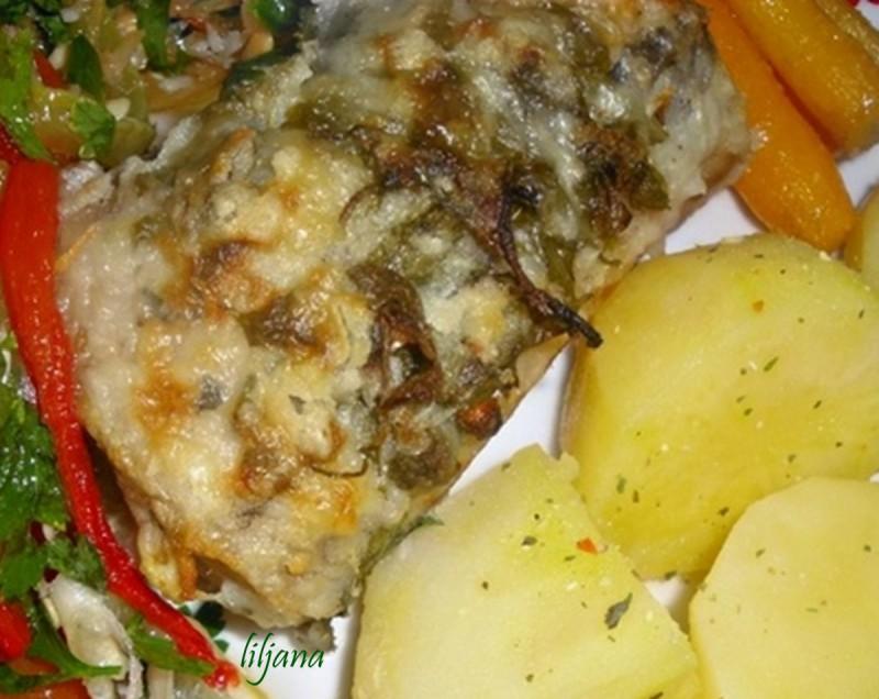 Печена риба со маринада (посно)