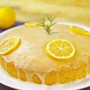 Видео рецепт: Колач со рузмарин и маслиново масло со глазура од лимон