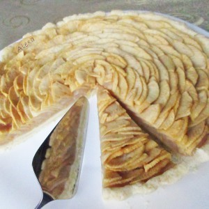 Тарт со јаболка