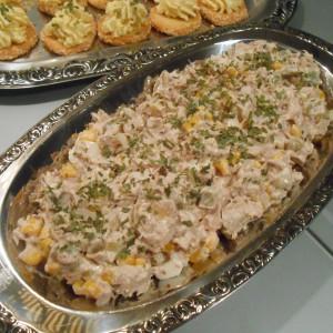 Туна салата со пченка