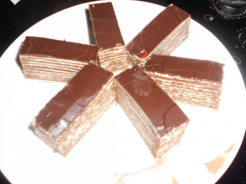 Чоколадна розен торта со ореви
