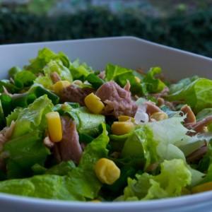 Оброк салата со туна и марула