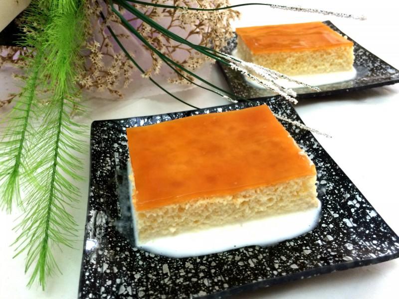 Торта Трилече со пудинг од карамела