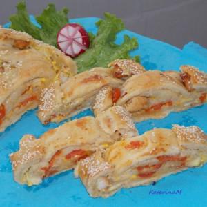 Полнета векна (пилешко, шери домати и моцарела)