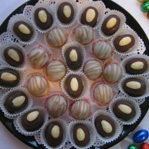 Црно бели Велигденски колачиња