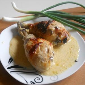 Пилешко во крем сос