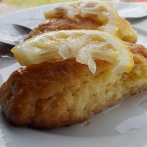 Хурмашици со кокос и гриз