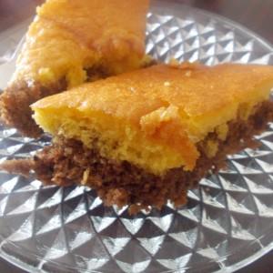 Двобојна попарена торта