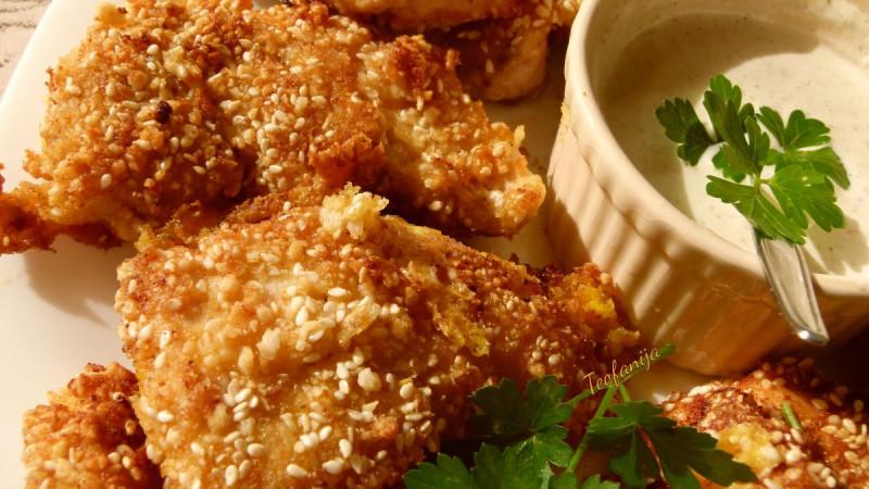 Пилешки стек со сос од лук