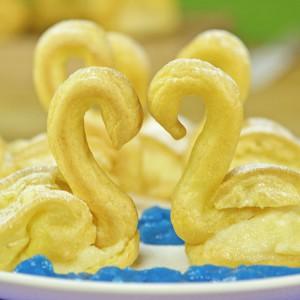 Видео рецепт: Лебеди еклери