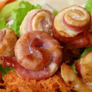 Полжавчиња од пилешко месо и пршута