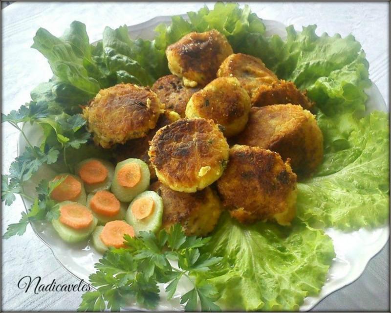 Бомбици во компир
