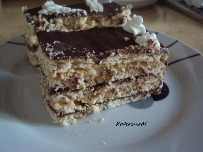 Непечена бисквит торта