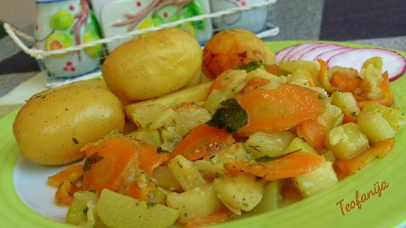Млади компири и тиквички во Делимано Гурмет 8 во 1