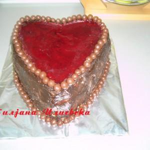 Торта со бомбици