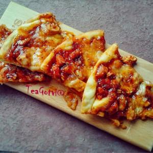 Бафало пица со пилешко