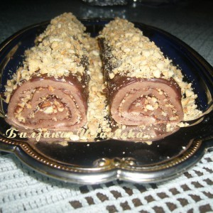 Марципан ролат со чоколадо