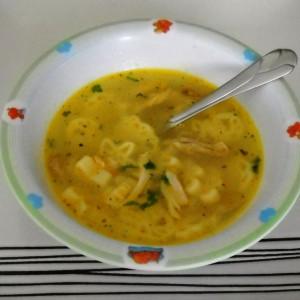 Детска пилешка супа