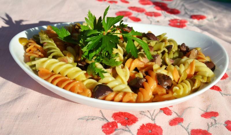 Путер макарони со маслинки